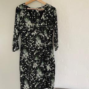 Jigsaw kjole
