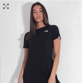 The North Face kjole eller nederdel