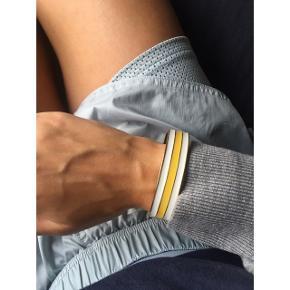 J Crew armbånd. Købt i NY. Købspris i butik: 700kr  BYTTER IKKE - ÅBEN FOR BUD   💈Mp: 150kr inkl fragt (jeg betaler)💈