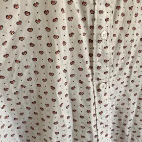 Så fin skjorte sælges da jeg ikke får den brugt