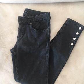 Nvey jeans