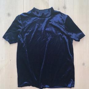 Højhalset velour trøje fra Zara 🌸 Lidt lille i størrelsen