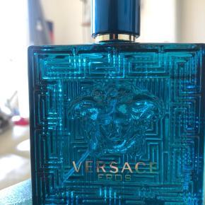 Versace Eros, 100 ml. Brugt et par gange.   Nyprisen var omkring de 600-700kr