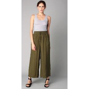 #30dayssellout American Vintage - str. M culotte-buks nypris 999 kr sælges for 150 kr