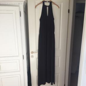 Lang kjole.