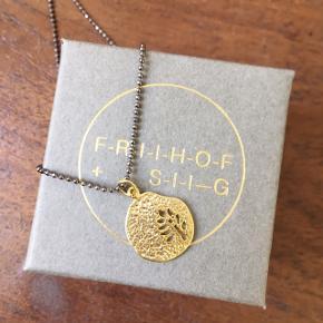 Helt ny Friihof + Siig lang halskæde. Nypris 275 kr. Fået i gave af en veninde, men har købt en anden halskæde fra samme mærke 😀