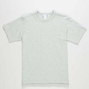 Comme Des Garcons SHIRT grå tee Str. Xlarge  - 100 % bomuld - mønster af blomster på indersiden af t-shirten - ny med tags på - prisen er fast