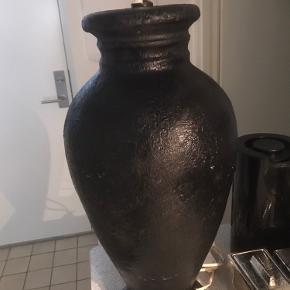 Sort keramik gulvlampe  ca 62 cm høj