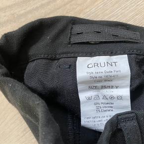 Fine Grunt Dude pants str. 12 Pæn stand uden pletter, huller e.lign. Købspris 499.-