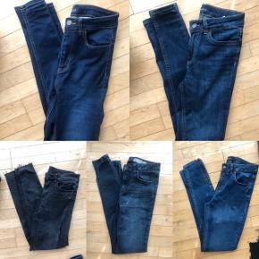 5 par jeans fra Vila, Pieces og Vero Moda i str. S. De mørkegrå fra Vila er 7/8 længde, og et enkelt par fra Pieces er højtaljede, ellers er alle mid waist. De er enten aldrig brugt (prøvet på) eller brugt en enkelt gang.   Sælges samlet og sendes med DAO.