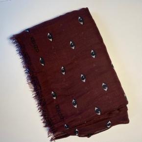 Rigtig fint tørklæde fra kenzo. 180x140 cm, fejler ikke noget