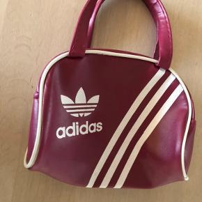 Adidas håndtaske
