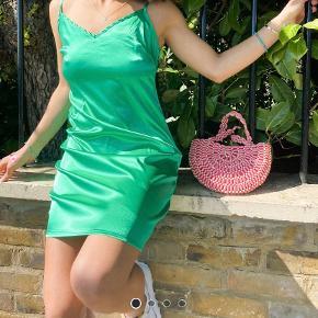 Urban threads kjole