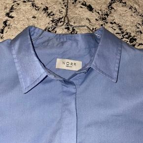 Lækker skjorte fra NORR, aldrig brugt.