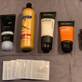 25 kr. pr. Stk. Dog sælges de 8 shampoo prøver samlet til prisen  # 1 Ialt 80 ml. Fordelt på 8 prøve pakker.   Det er Balsam/conditioner til farvet hår.  Milk_Shake Color Care Color Maintainer Conditioner er en conditioner specielt udviklet  til pleje af farvebehandlet hår. Den indeholder mælkeproteiner, som virker reparerende  og plejende samt opretholder hårets naturlige fugtighedsbalance. Conditioneren er  formuleret med Milk_Shakes eksklusive Integrity 41, der er designet for at beskytte  hårfarven, så farveintensiteten holdes intakt. Håret efterlades utroligt blødt og    # 2 swarzkopt shampoo til meget skadet hår  # 3 GOSH leave-in balsam til tørt hår  # 4 Daily Defense Shampoo er beriget med keratin, som er et fiber-protein, der styrker indefra og opretholder hårets elasticitet. Daily Defense Shampoo Keratin tilføjer ekstra glans til håret. Kan anvendes til både skadet, normalt og tørt hår.  # 5 D:di Daily conditioner/balsam   # 6 GOSH coconut Oil shampoo til alle hårtyper  # 7 Niophlex hårkur 100 ml.   Kan afhentes i Herning eller sendes mod betaling  Alt er nyt og ubrugt/ uåbnet