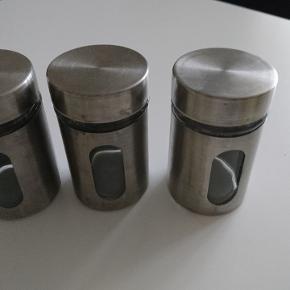3 krydderi glas i metal og glas
