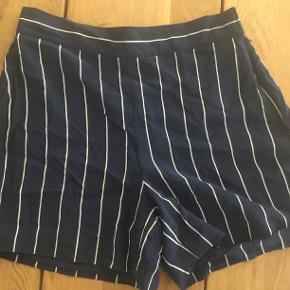 Mega lækre shorts fra Ralph Lauren af 100 % mulberry silke.