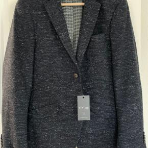 Str. 48  Casual blazer i uld/viskose/silke