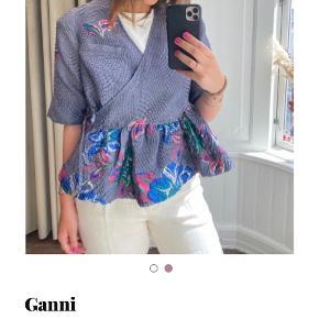 Ganni top