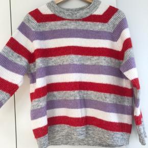 Sweater fra envii. Er virkelig dejlig varm :)