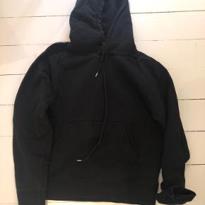 Wood wood hættetrøje / hoodie i størrelse small. Sort. Brugt men uden huller eller lignende.