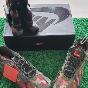 Supreme sneakers