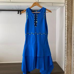 Bebe kjole