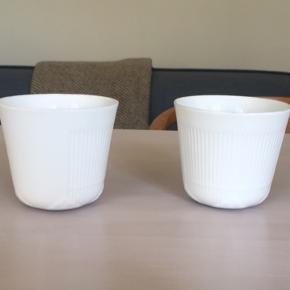 Sælger disse to hvidriflede kopper fra Royal Copenhagen