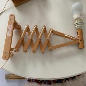 Sakselampe fra Translandia.