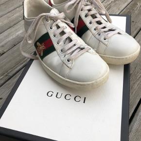 Sælger mine Gucci sneakers str 37, da jeg desværre ikke får dem brugt. Bytter ikke