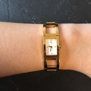 Calvin Klein ur, tydeligt brugt. I sin tid købt for 2200kr.