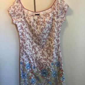 Sisley kjole