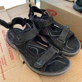 Ecco Offroad sandaler - sort, Str. 37 Vandresandal Brugt få gange. Nypris: 900kr.
