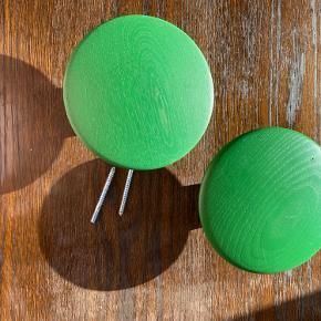 Grønne knager muuto
