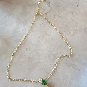 Smukt guld/grønt smykkesæt #30dayssellout