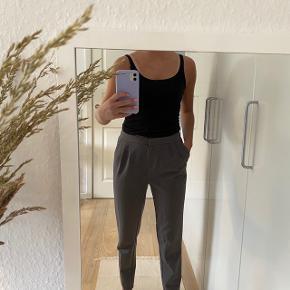 🌸 habit bukser fra pieces  🌸 str s 🌸 grå   - tjek mine andre ting ud!