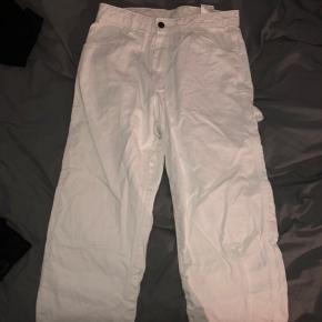 Hvide dickies busker  29x30 200kr