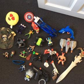 30 stk. Legetøj sælges samlet for kun 30 kr. Sender ikke.