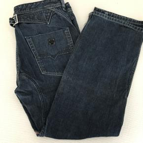 Diesel jeans..  Størrelse 31/30 Butikspris 850kr