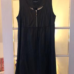 Onstage kjole