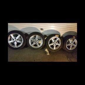 Alufælge .. har denne sæt ..  som er gode .. kun en dæk skal skiftes , og den har været på en Mazda 626... Mål : 5  1, 14,3 ..... Et: 50 ......