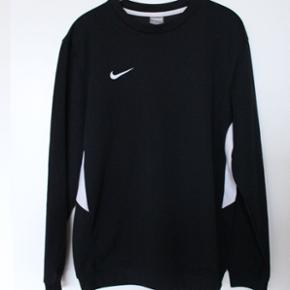 Nike sweater  Str M