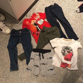 3 par bukser, et par shorts og 2 t-shirts 20 kr pr. Del eller 80 kr samlet  Bytter ikke