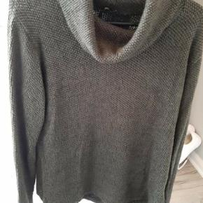 Tippy sweater