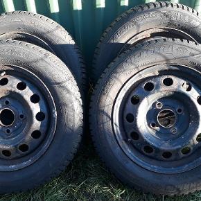 """4 stk vinterdæk 15"""" Michelin på stålfælge. 7-8mm mønster, ET49 4x100"""