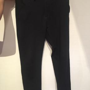 Super fede Jack&Jones bukser - de er slet ikke brugt, kun vasket en enkelt gang. Str 30