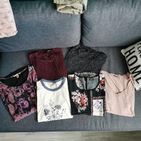 Forskellige t-shirt fra forskellige brands🌸 Skrive gerne for flere info eller billeder💯  Byd gerne