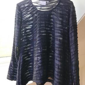 Brand: Baldino Varetype: Smart bluse Farve: Se billeder Prisen angivet er inklusiv forsendelse.