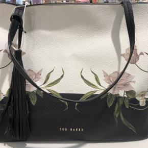 Ted Baker Anden accessory