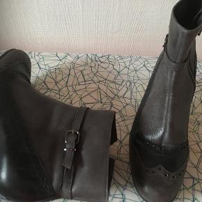 Rudi & Harald sko & støvler